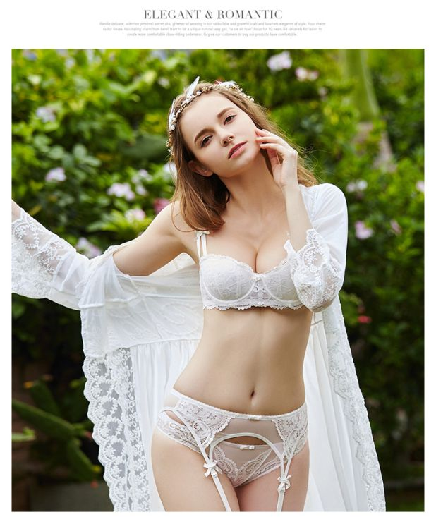 komplet bielizny z pasem do pończoch